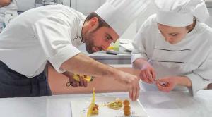 La rivista Sala & Cucina celebra Luca Grosso, docente di cucina presso l'istituto alberghiero di Tolmezzo